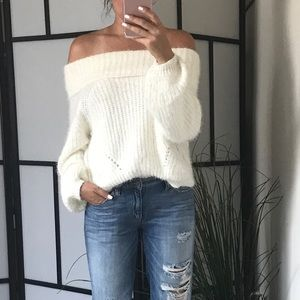 🆕 JAYNE Soft Fuzzy Off Shoulder Sweater
